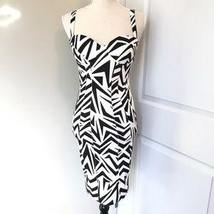 Kardashion Kollection Zig Zag Print Dress - Size M